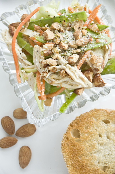 Chicken Salad with Veggies and Almonds