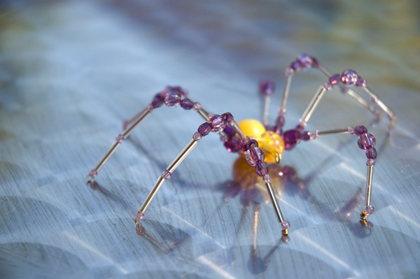 Creepy, but beautiful: easy beaded spider tutorial