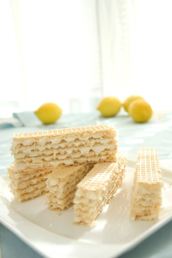 Lemon cream cheese wafers