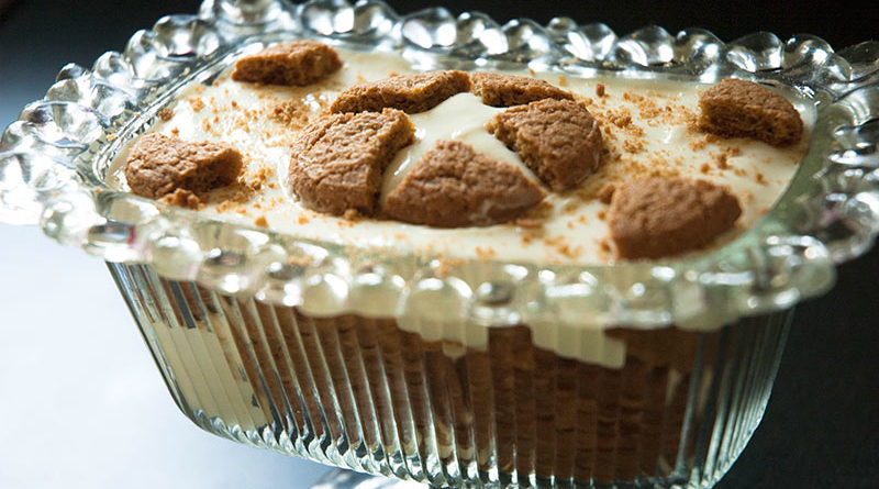 Setting up a gingersnap trifle