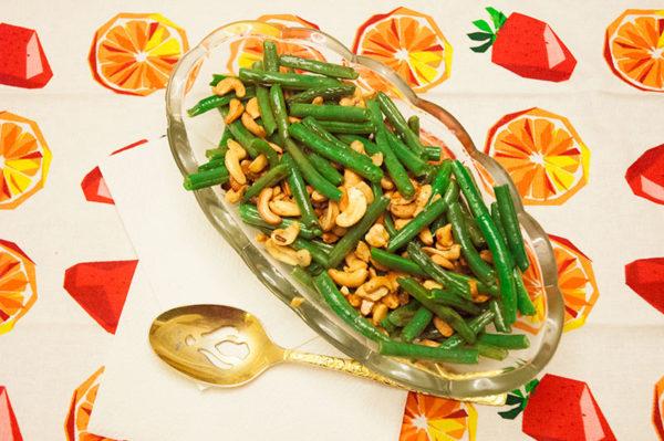 Garlic Cashew Green Beans